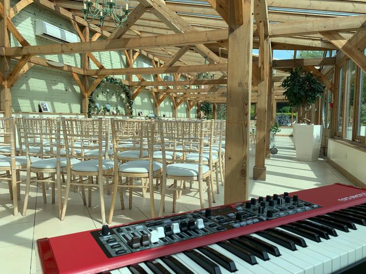 Wedding_Pianist_Gaynes_Park.JPG