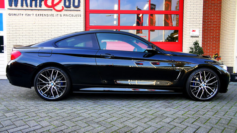 88 - BMW Alloygator zwart.jpg