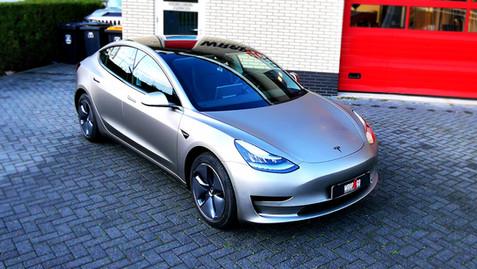 Tesla 3 3M Matte Gray Aluminum Full wrap