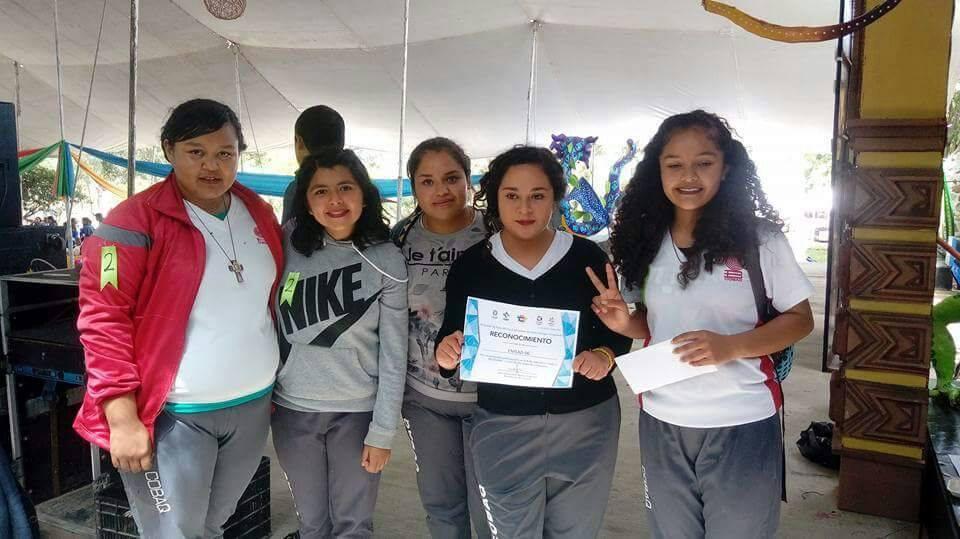 """Estudiantes de Educación Media Superior a Distancia, EMSAD 6 """"El Coyote"""" ganaron el primer lugar en el Rally Académico realizado como parte de la Feria de la Raza 2017"""
