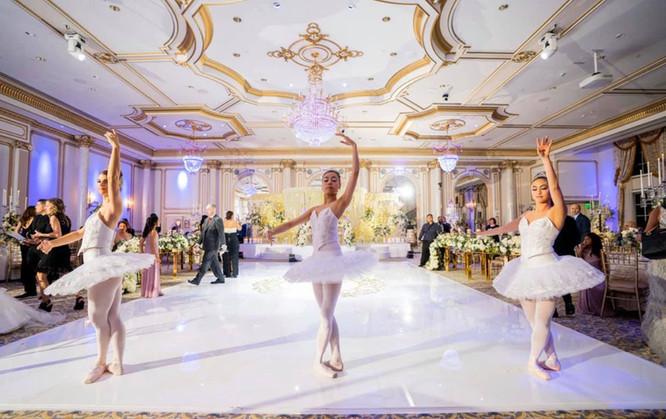 ballerinas .jpg