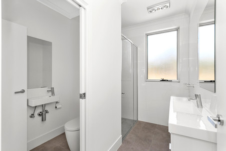 Train Street Central Broulee, residential units, luxury apartments, bathroom