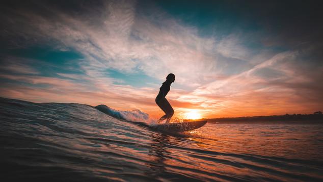 Surf breaks