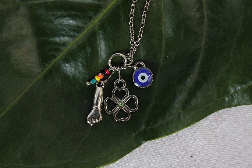 Colar Amuleto