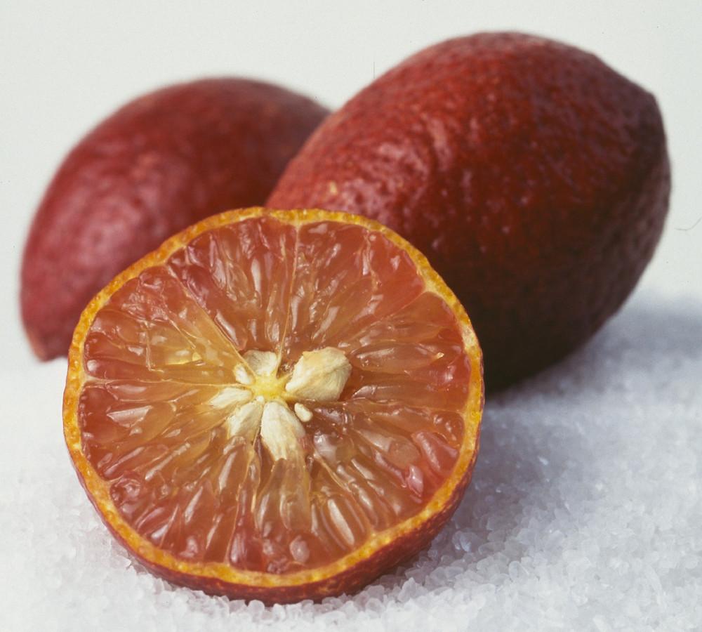 Blood limes for caipirinhas