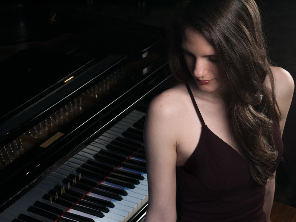 female piano portrait photography