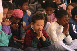 Praying_Children.jpg