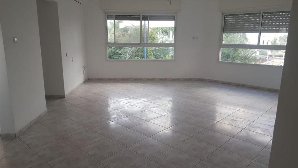 דירת 3.5 חדרים באם המושבות3