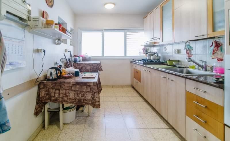 Yehuda-hansi-4-rooms4