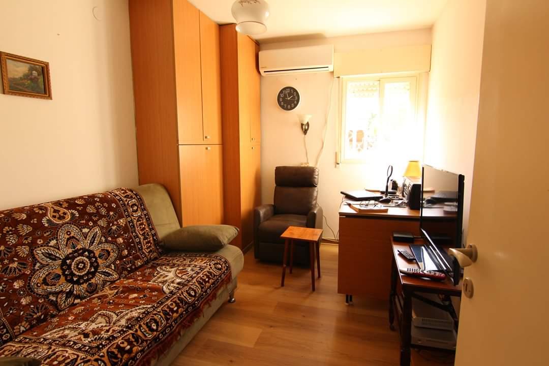 3 חדרים ברחוב שיטרית בשכונת אחדות3