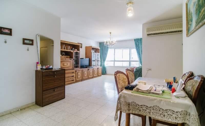 Yehuda-hansi-4-rooms1