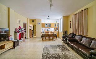 דירת 4 חדרים בבן יהודה