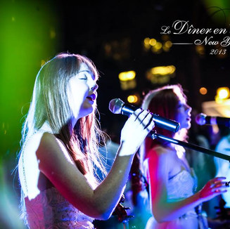 Sephira performing LIVE at Diner en Blanc, New York City