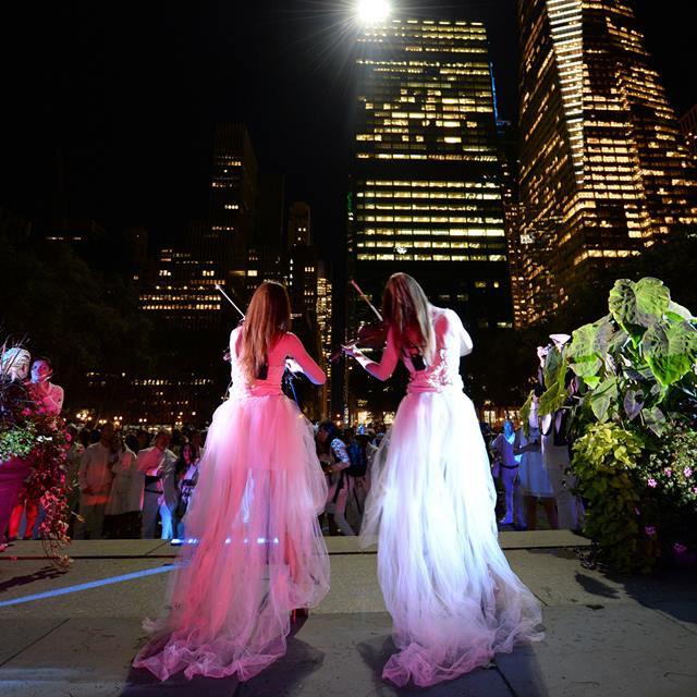 Sephira perform LIVE in Bryant Park, NYC at Diner en Blanc