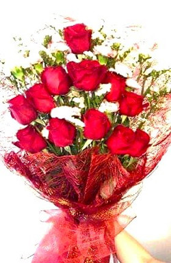Bouquet of imported Bangkok red roses
