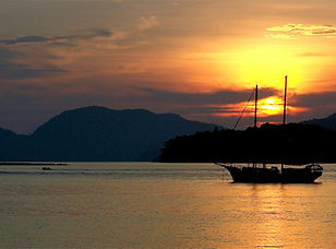 ResortWorldLangkawiSunset 1000x667 (1).jpg