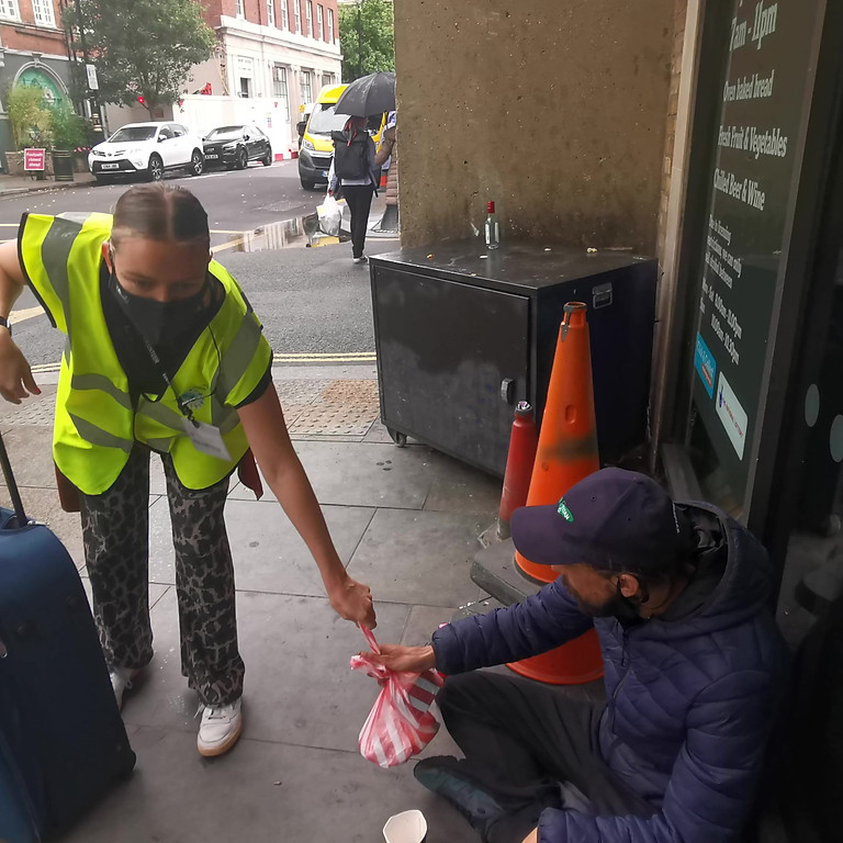 Multi Event Homeless Outreach - Victoria & Charing Cross    (1)