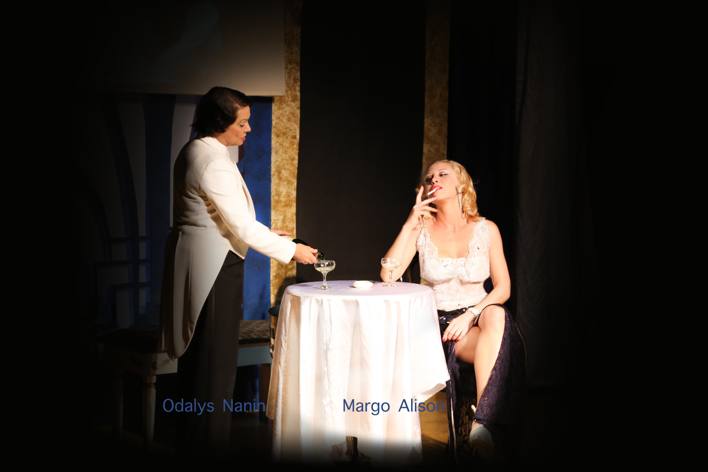 Theatre Margo Alison
