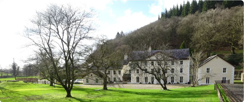 1.Cilgwyn-Manor 2.jpg