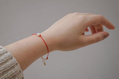 LOVER BRACELET | 14K Gold-Filled Akoya Pearl Red Bracelet