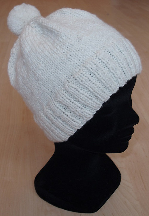 Bonnet Blanc des Alpes avec pompon