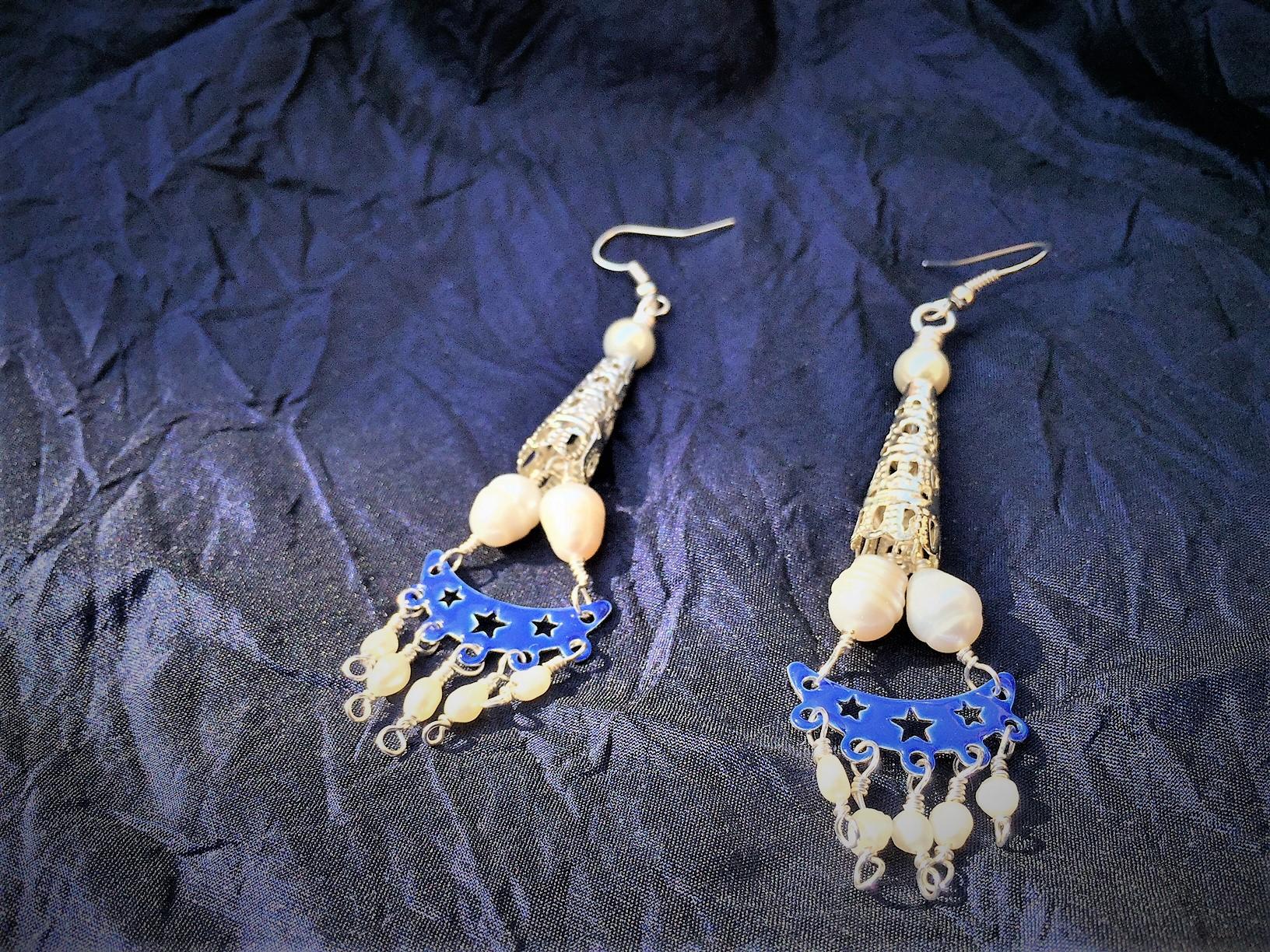 Blue enamel and pearls earrings
