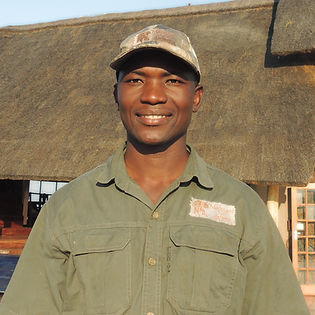 Phillip Bere Mafojani Safaris