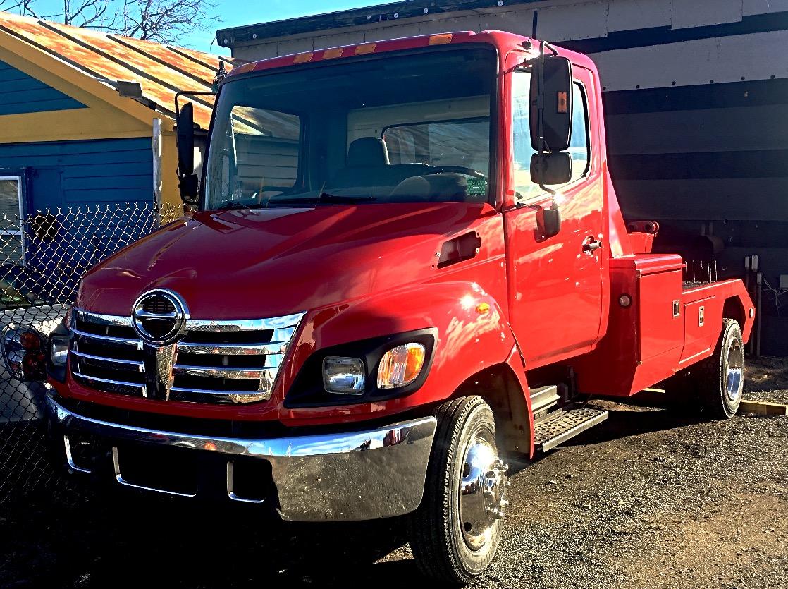 Hino Tow Truck