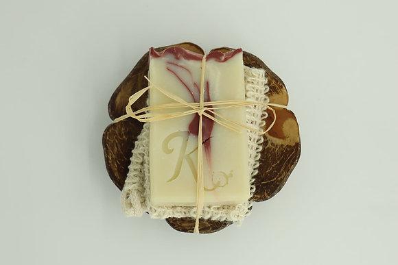 Porte savon coco + un savon au choix + une pochette exfoliante