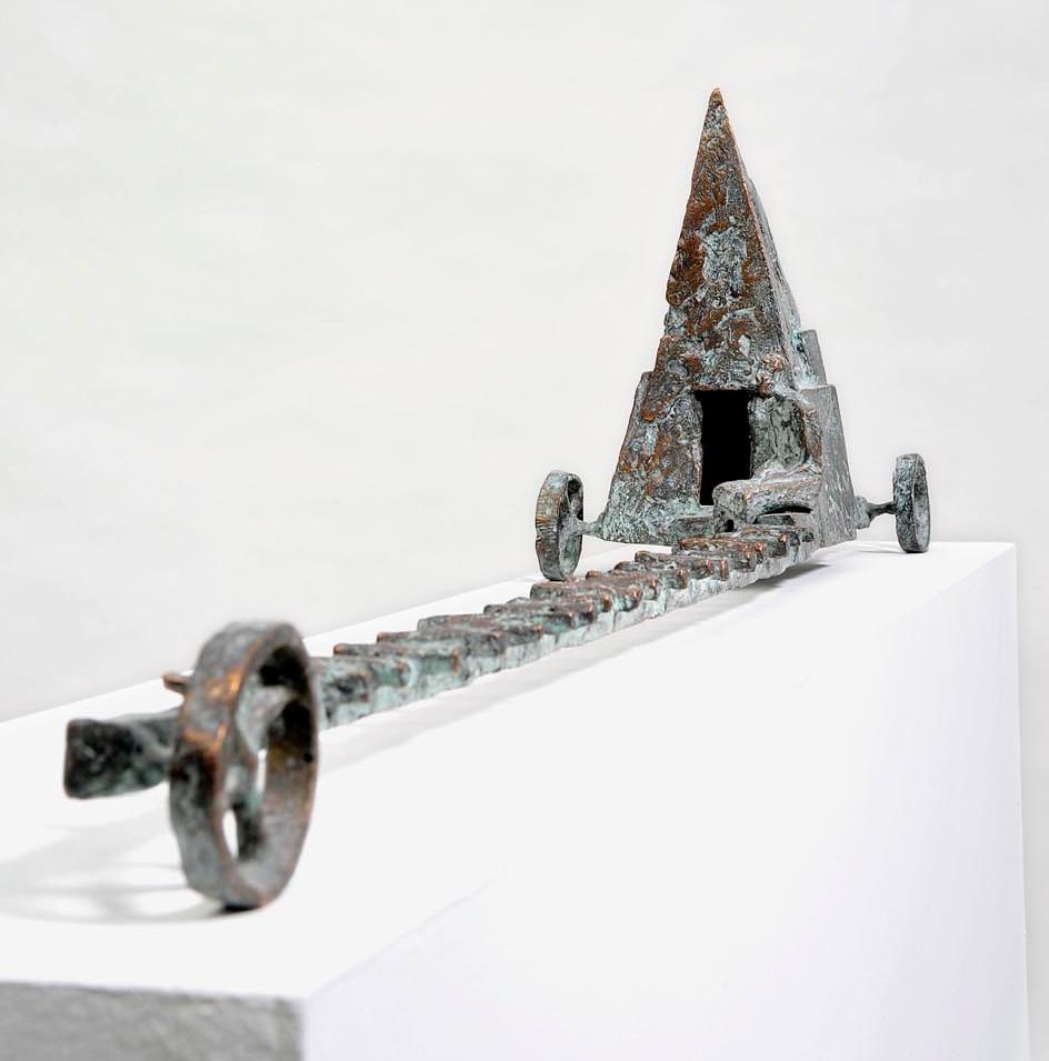 Michael Jastram | Drei-Räder-Wagen | 2008 | Bronze | 1/6 | 22 x 93 x 15 cm | 8500 Euro