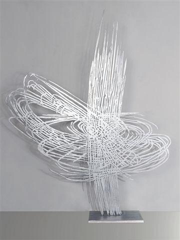 Barbara Szüts | Überlagerung 1 | 2008 | Skulptur, Aluminium | 195 x 170 x 0,5 cm | 18500 Euro