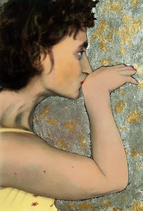 Florian Merkel | Ausrichtung | 2017 | Cibachromefarbe und Gold auf Silbergelatinebaryt 1/2 | 17 x 12 cm | Holzrahmen und Passepartout | 2100 Euro