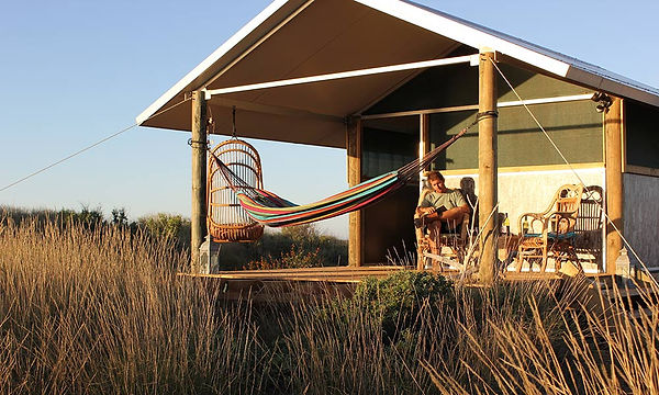 wilderness-island-deckarea-accommodation.jpg