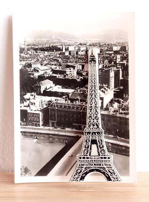 """Broche faïence """"Tour Eiffel"""" de Stéphanie Cahorel"""