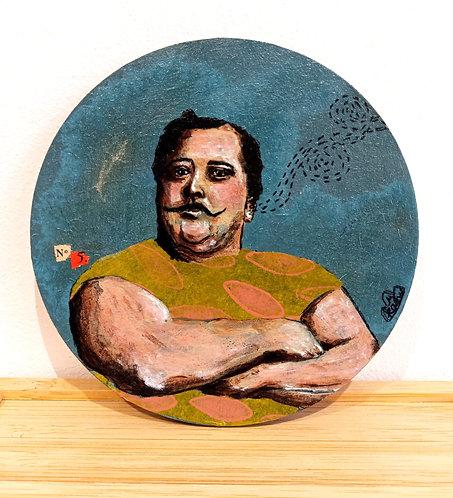 """""""N°5"""", oeuvre acrylique sur sous-bock rond de Mam Kaan, artiste tourangelle,représentant un buste d'homme sur fond bleu."""