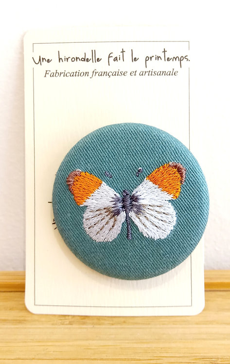Broche brodée pm motif papillon de Une Hirondelle Fait Le Printemps