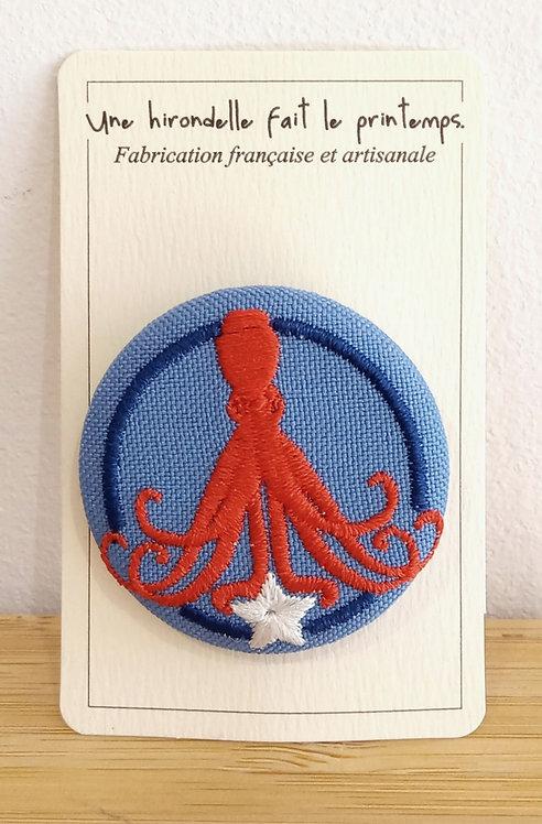 """Broche brodée """"Octopus"""" pm Une hirondelle fait le printemps"""