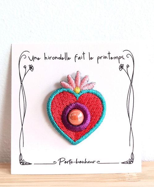 Pins coeur porte-bonheur Une hirondelle fait le printemps