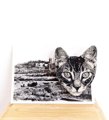 Broche tête de chat en faïence sur photo ancienne de Stéphanie Cahorel.