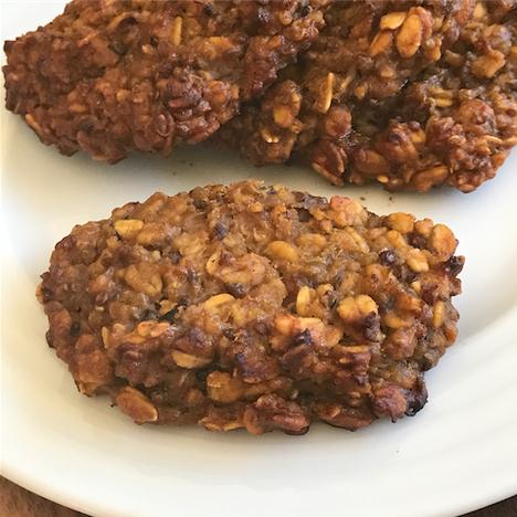 healthy pumpkin quinoa breakfast cookies