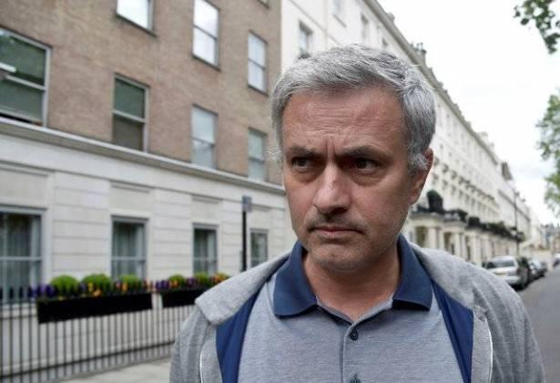 مورينيو اتفق مع مانشستر يونايتد