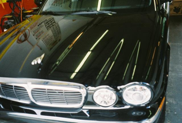 04-jaguar-xj8-1