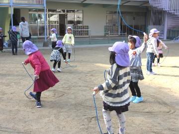 今年最後の縄跳び練習。