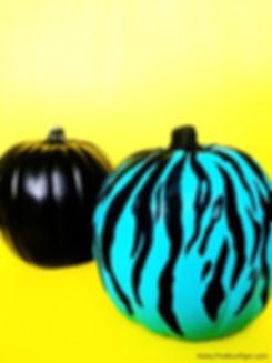 tiger-strip-pumpkin-6_edited.jpg