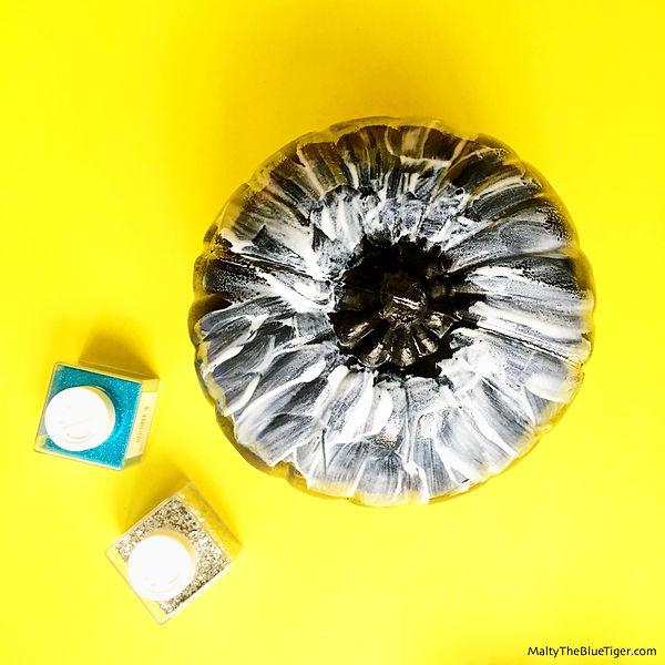 carve-free-pumpkin-sparkles-4_edited.jpg