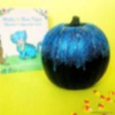 carve-free-pumpkin-sparkles-2_edited.jpg