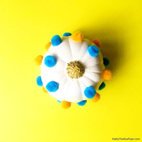 pom-pom-pumpkin-5_edited.jpg