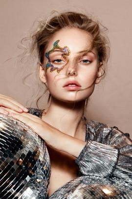 Photographer: Natascha lindemand Hair: Niki vos Make-up: Niki vos Model: Lisa v beek