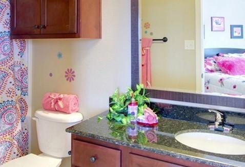 GALLERY bathroom.jpeg