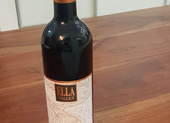 בקבוק יין אדום, יקב עמק האלה